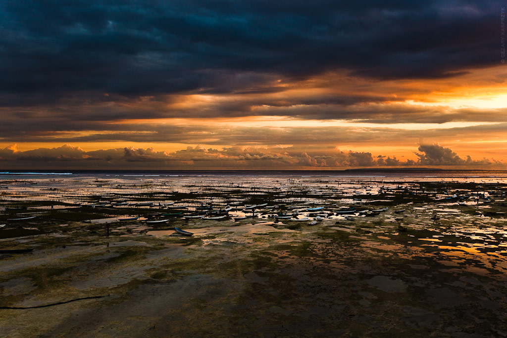 Cezary Kasprzyk Photography - Indonesia - Nusa Lembongan - Seaweed Farms - Sunset - 2012