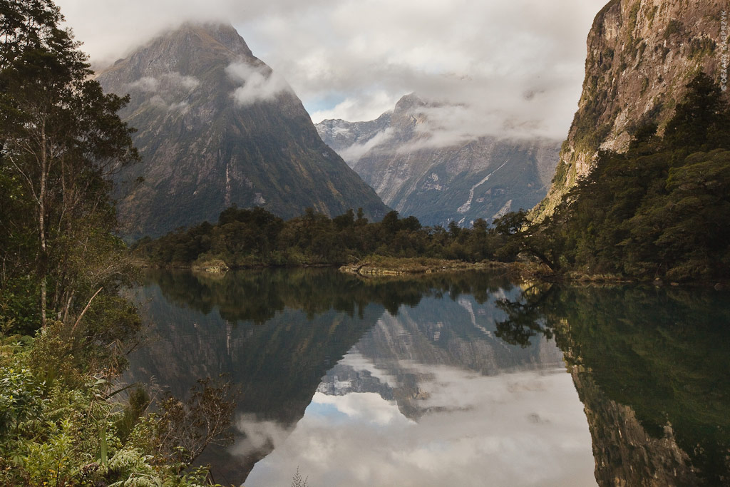 Cezary Kasprzyk Photography - New Zealand - Milford Track - Lake Ada - 2010